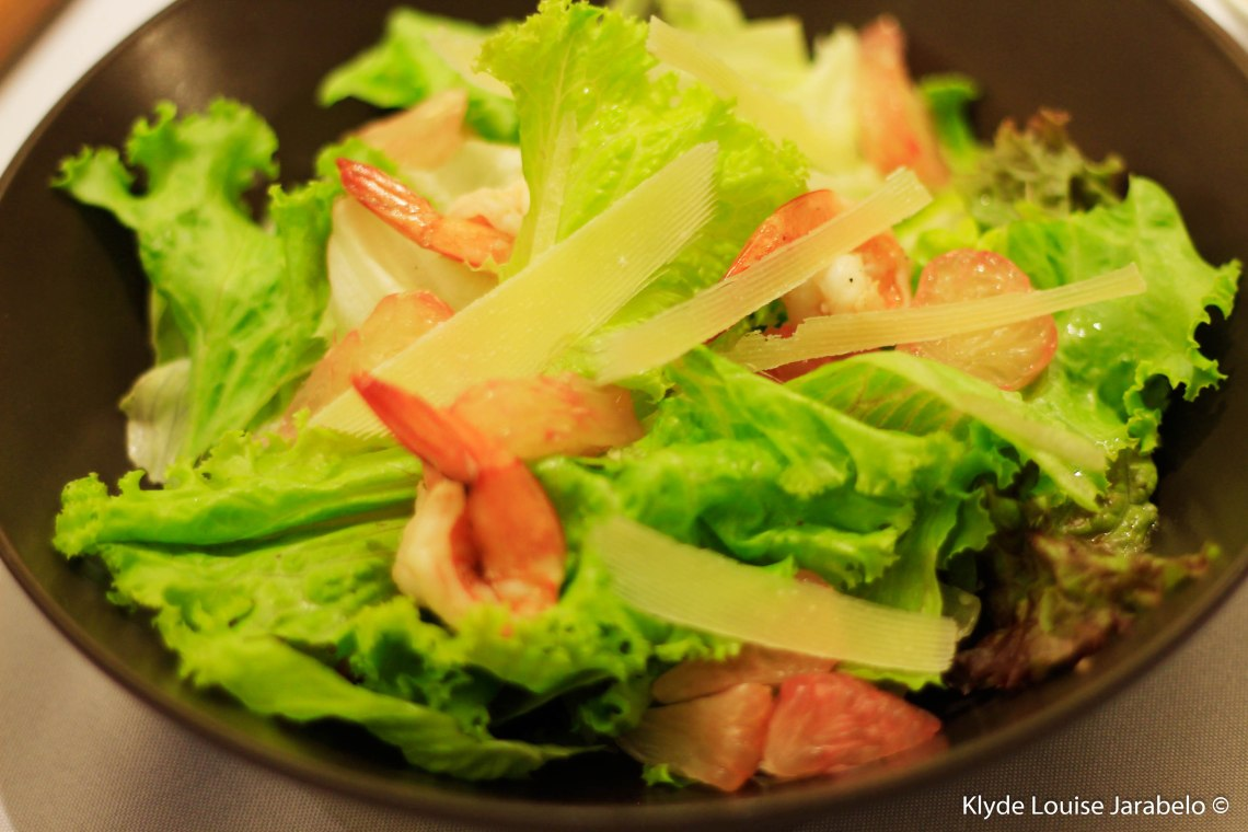 Pomelo and Grilled Shrimp Salad